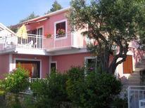 Appartement de vacances 477175 pour 5 personnes , Grebastica
