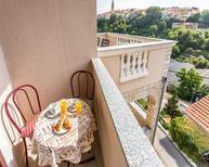Ferienwohnung 481431 für 3 Personen in Vrbnik