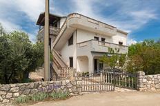 Ferienwohnung 481432 für 3 Personen in Vrbnik