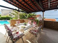 Vakantiehuis 481624 voor 8 personen in Baska Voda
