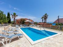 Ferienhaus 481646 für 10 Personen in Selca