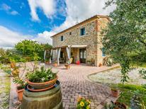 Villa 482053 per 6 persone in Tigliano