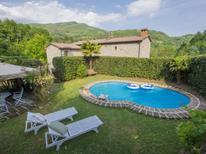 Villa 482717 per 7 persone in Pescia