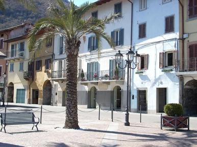 Apartamento 485408 para 2 adultos + 2 niños en Riva di Solto
