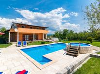 Holiday home 487038 for 10 persons in Motovun