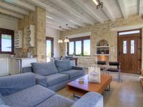 Ferienhaus 487320 für 6 Personen in Agia Triada