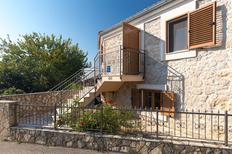 Holiday home 490770 for 4 adults + 1 child in Garica