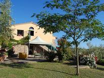 Rekreační dům 493848 pro 6 osoby v Rufina