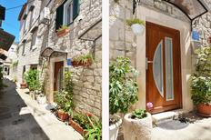 Holiday apartment 494706 for 7 persons in Trogir