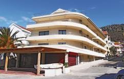 Ferienwohnung 495762 für 9 Personen in Rafailovici