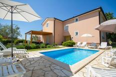 Ferienhaus 495839 für 16 Personen in Fiorini