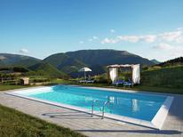 Appartement 497199 voor 6 personen in Cagli