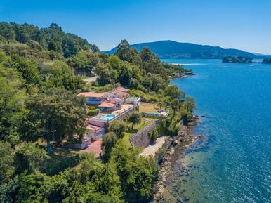 Ferienhaus 607450 für 8 Erwachsene + 2 Kinder in Pontevedra