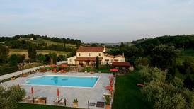 Rekreační byt 611228 pro 3 dospělí + 1 dítě v San Costanzo