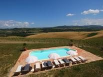 Appartement 613887 voor 4 personen in Castel del Piano