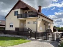 Appartement 613969 voor 4 personen in Balatonberény