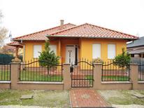 Vakantiehuis 614209 voor 5 personen in Balatonmariafürdö