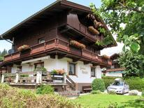 Holiday apartment 618159 for 6 persons in Aschau im Zillertal