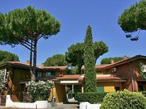 Appartement 619843 voor 6 personen in Giannella