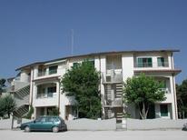 Semesterlägenhet 620196 för 6 personer i Lido di Spina