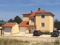 Ferienwohnung 621056 für 4 Personen in Ližnjan