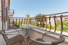 Ferienwohnung 625542 für 3 Personen in Rovinj