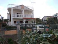 Appartement de vacances 626094 pour 5 personnes , Grebastica