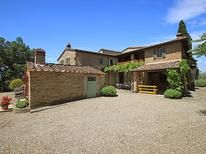 Holiday home 628373 for 16 persons in Arezzo