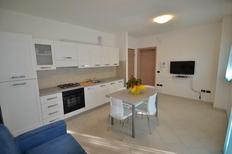 Ferienwohnung 630967 für 4 Personen in Rosolina Mare