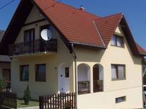 Appartement 631667 voor 6 personen in Balatonlelle