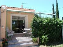 Villa 635017 per 2 adulti + 2 bambini in Mollégès