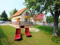 Casa de vacaciones 637285 para 5 personas en Balatonszárszó