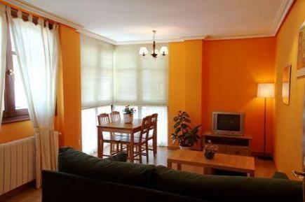 Appartement 638427 voor 6 personen in Ezcaray