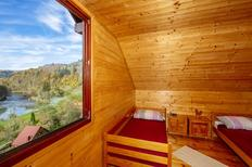 Villa 640975 per 8 persone in Doluš