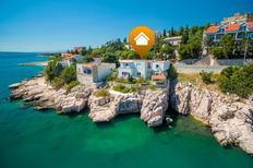 Ferienwohnung 642363 für 4 Personen in Novi Vinodolski