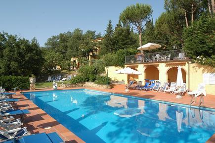 Ferienwohnung 644081 für 4 Personen in San Donato in Poggio