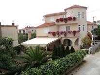 Appartement de vacances 644147 pour 4 personnes , Pirovac