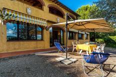 Ferienwohnung 644306 für 4 Personen in San Donato