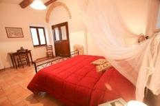 Holiday apartment 647226 for 6 persons in Acqualagna