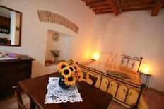 Studio 647227 for 2 adults + 1 child in Acqualagna