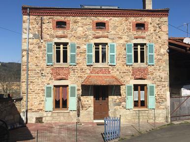 Semesterhus 648403 för 7 personer i Issoire