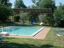 Ferienhaus 652843 für 12 Personen in Lucignano