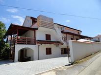 Appartement 655424 voor 6 personen in Ždrelac