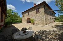 Für 9 Personen: Hübsches Apartment / Ferienwohnung in der Region Gaiole In Chianti