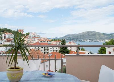 Appartamento 657019 per 6 persone in Okrug Gornji