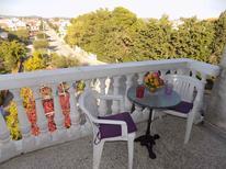 Appartement de vacances 659032 pour 3 personnes , Pirovac
