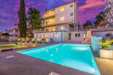 Appartement 661690 voor 4 personen in Crikvenica