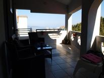 Appartement 662774 voor 8 personen in Makarska