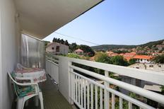 Holiday apartment 663277 for 4 persons in Jelsa