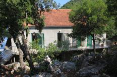 Ferienwohnung 665156 für 5 Personen in Lastovo